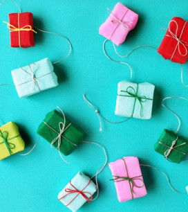 diy-mini-present-garland-final