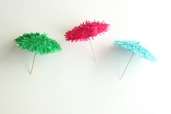 DIY Drink Umbrellas | Oh Happy Day!