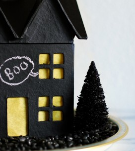 diy-chalkboard-haunted-house-c