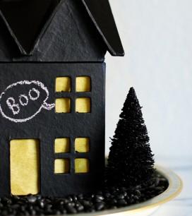 diy-chalkboard-haunted-house-c