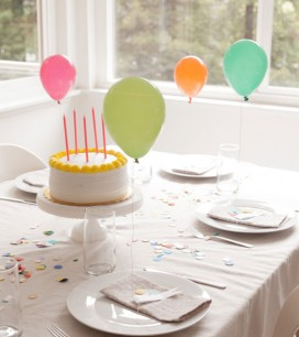 Mini Balloon Placecards | Oh Happy Day!