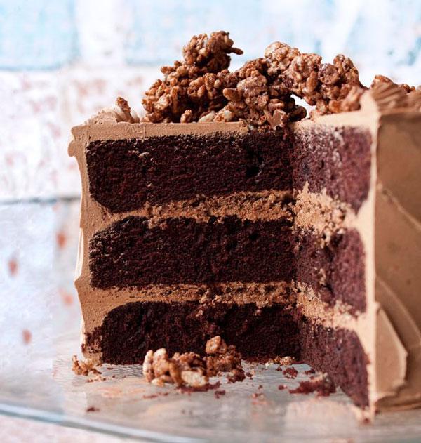5 Ways To Celebrate National Chocolate Cake Day