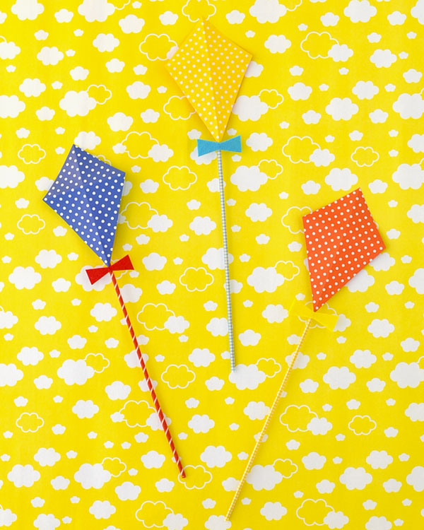 Kite Flying Day Party Invitation DIY | Oh Happy Day!