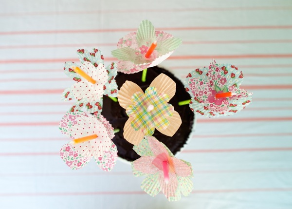 Cupcake Liner Flower Bobèches DIY | Oh Happy Day!
