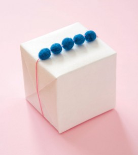 Felt Ball Garland | Oh Happy Day!