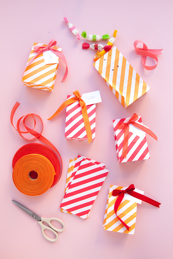 Packaging Candy Favors: 3 Ways | Oh Happy Day!