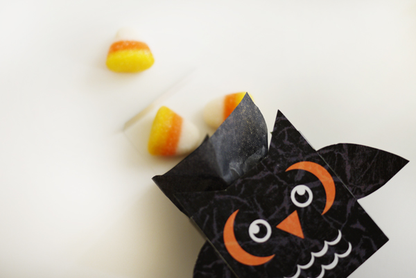 Printable Spooky Owl Treat Box | Oh Happy Day!