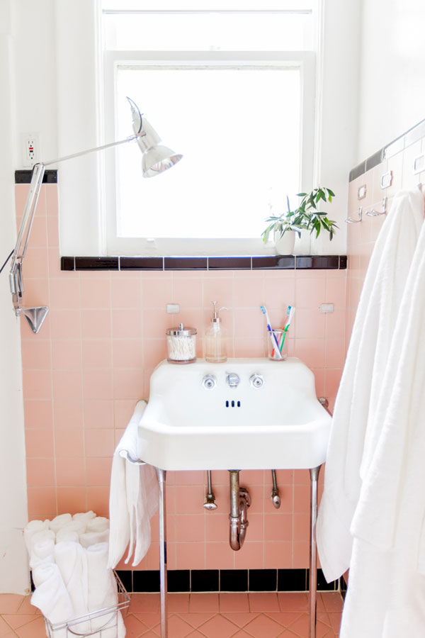 Bathroom Refresh - Bathroom in a day