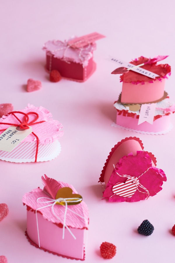 Valentine's Heart Breakable Favors DIY | Oh Happy Day!