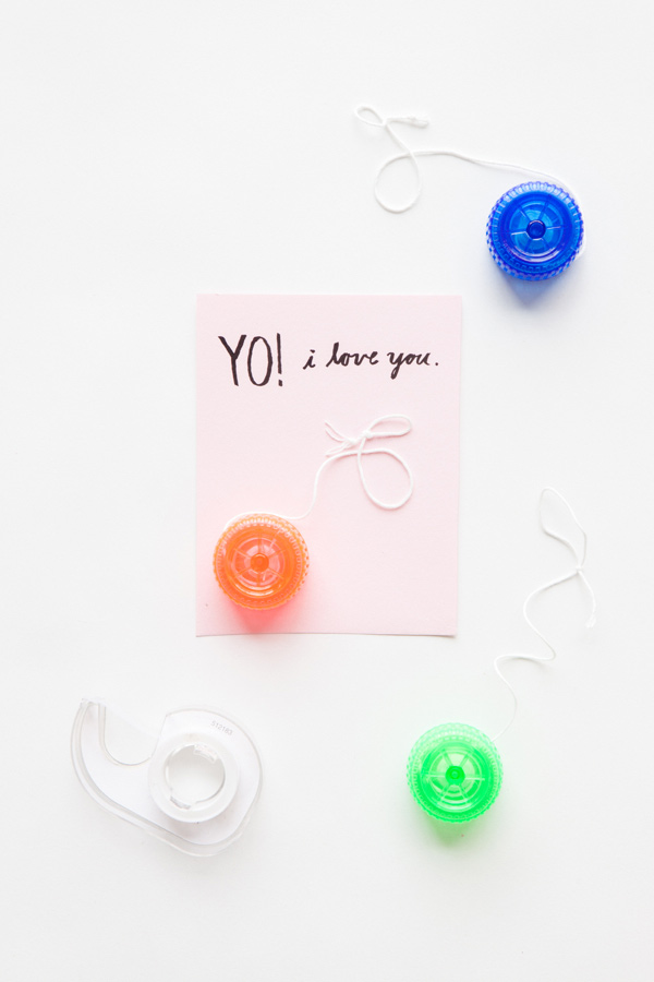 Yo-Yo Valentine | 14 Awesome Candy-Free Valentines | Oh Happy Day