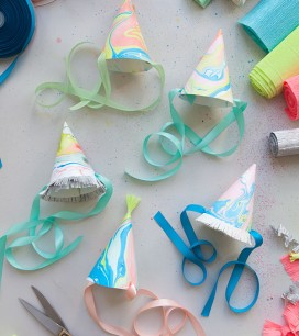marbleized-party-hats3