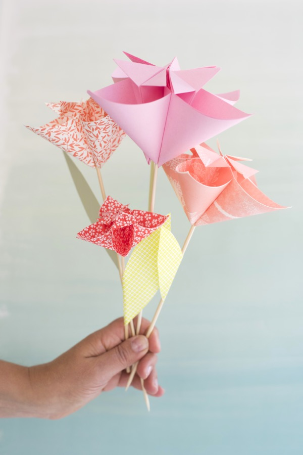 Kusudama flower cake topper diy kusudama flower cake topper diy oh happy day mightylinksfo