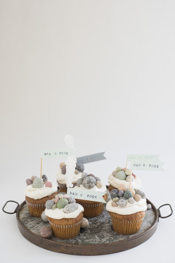 """You Rock"" Cupcakes 