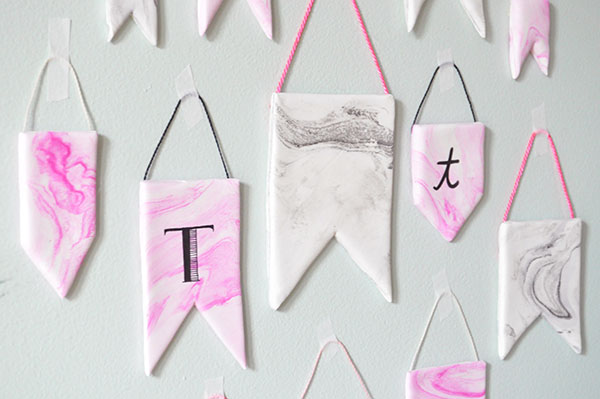 DIY Marbleized Banners | Oh Happy Day!