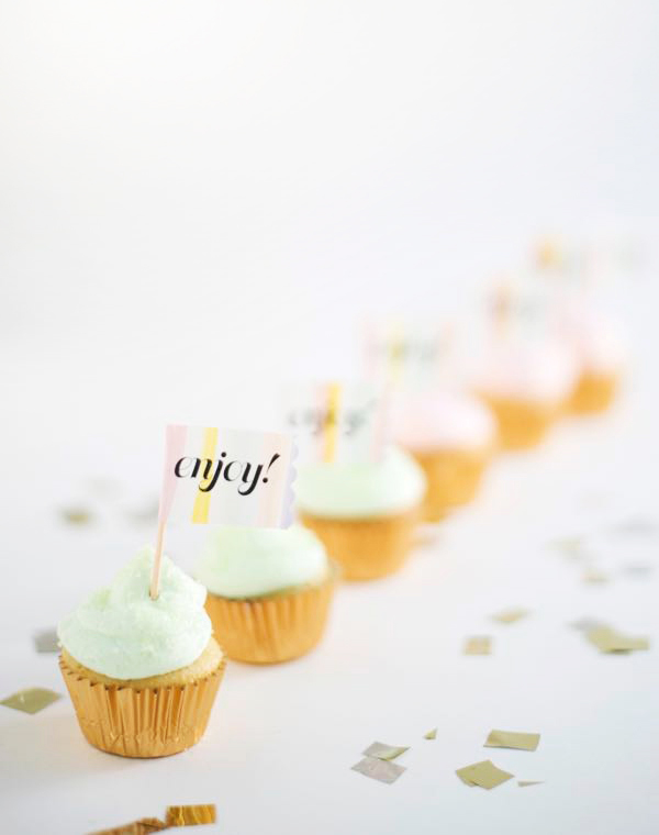 Watercolor Label Cupcake Toppers DIY | Oh Happy Day!