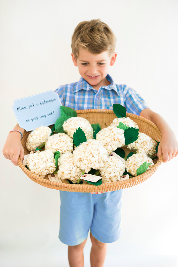 Popcorn Hydrangea Favors DIY | Oh Happy Day!