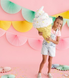Soft_Serve_Ice_Cream_Pinata_Blog1