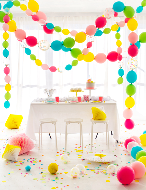 Link-A-Loon Party Garland | Oh Happy Day!