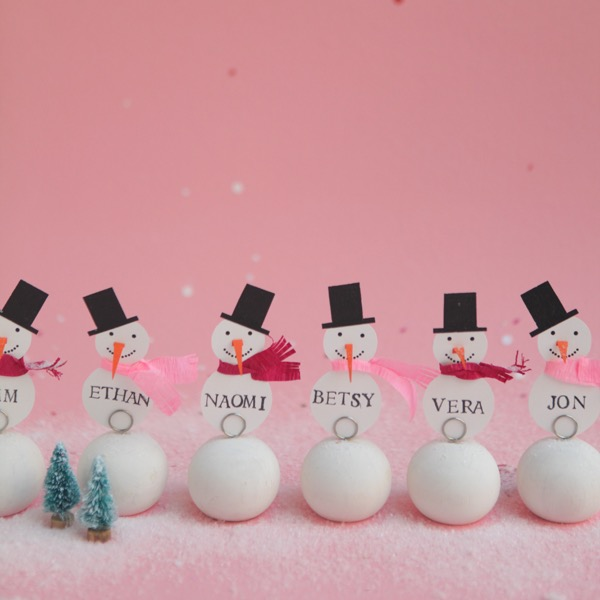 Snowman Place Cards DIY | Oh Happy Day!