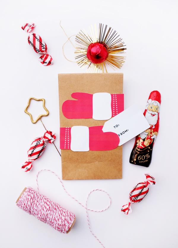 Printable Holiday Hug Bags | Oh Happy Day!