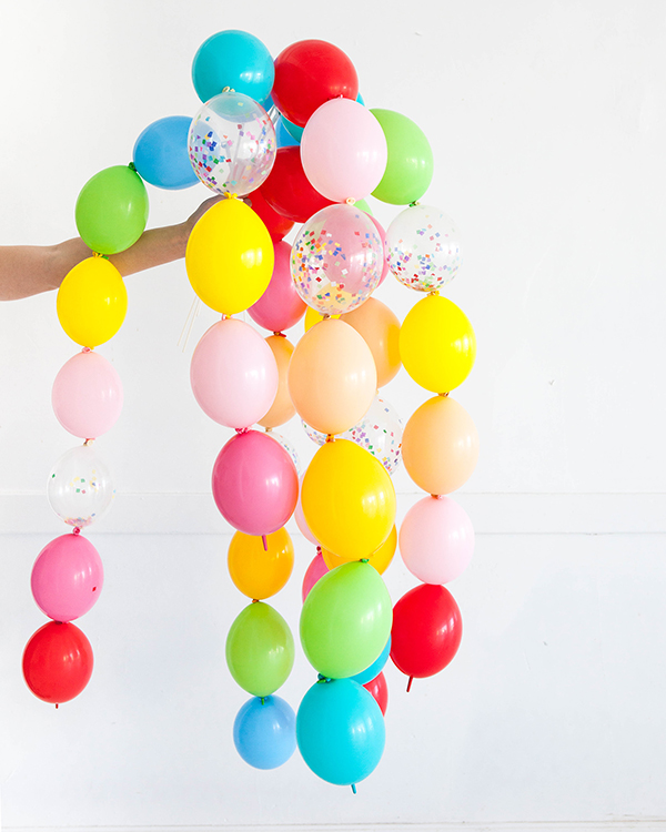 Balloon Wand DIY | Oh Happy Day!