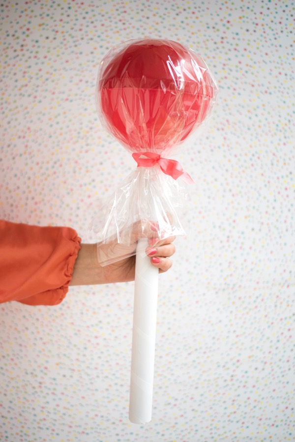 Giant Lollipop Favors DIY | Oh Happy Day!