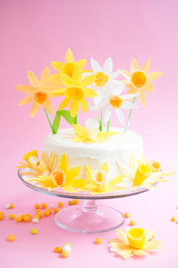 Daffodil Cake and Cupcake Toppers DIY | Oh Happy Day!