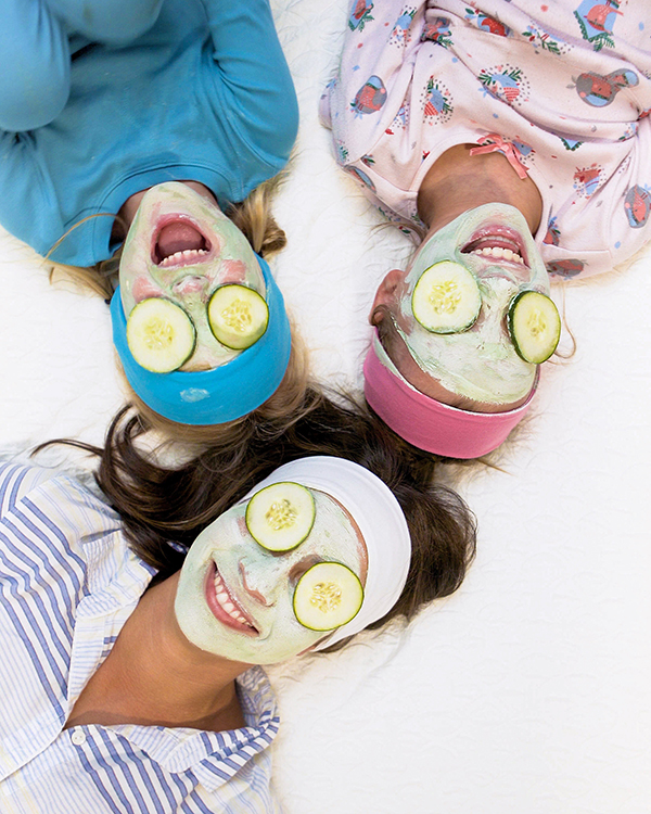 How To DIY A Mother-Daughter Spa Day | Oh Happy Day!