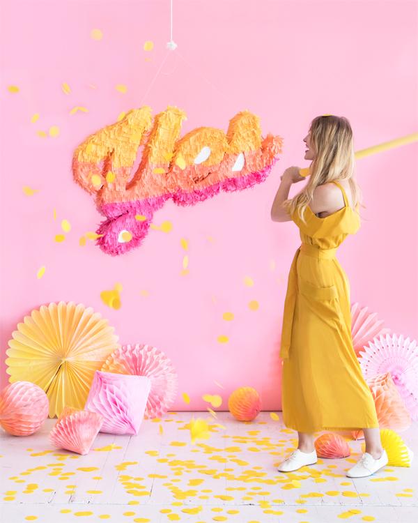 Ómbre Script Piñata | Oh Happy Day!