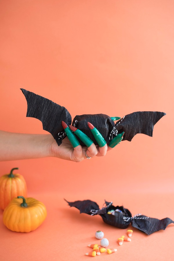 Crepe Paper Bat Favors DIY | Oh Happy Day!