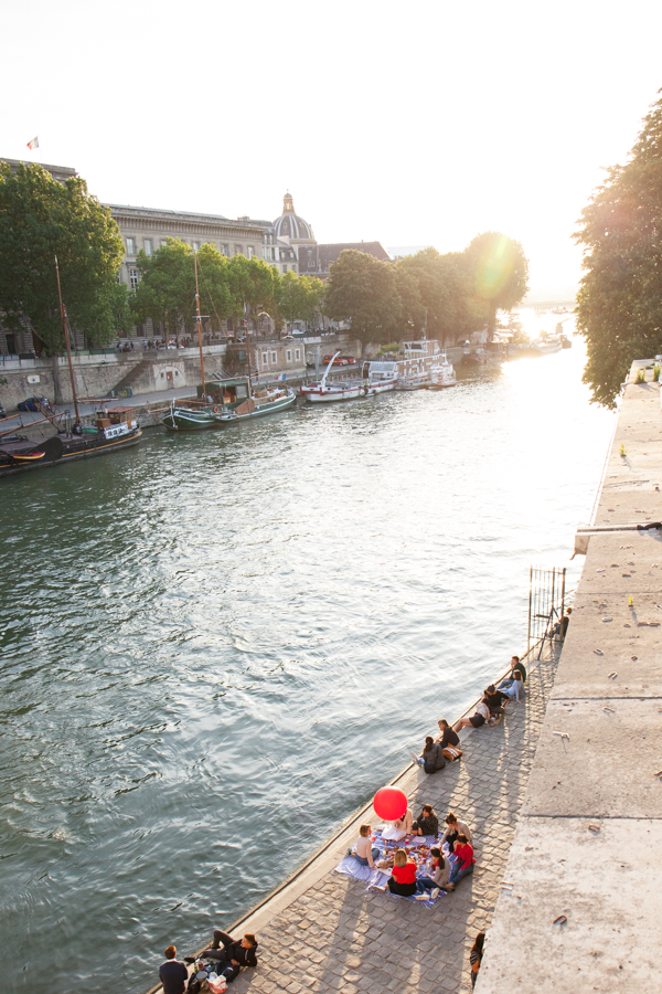 Parisian Picnic On The Seine | Oh Happy Day!