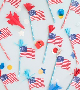 American Flag Pixie Sticks Treats DIY | Oh Happy Day!