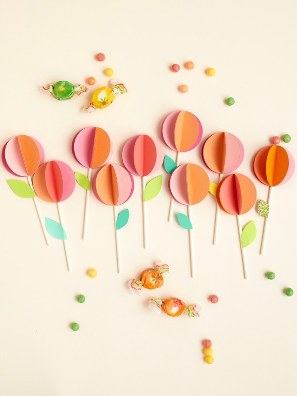 3-D Paper Flower Cupcake Topper DIY | Oh Happy Day!