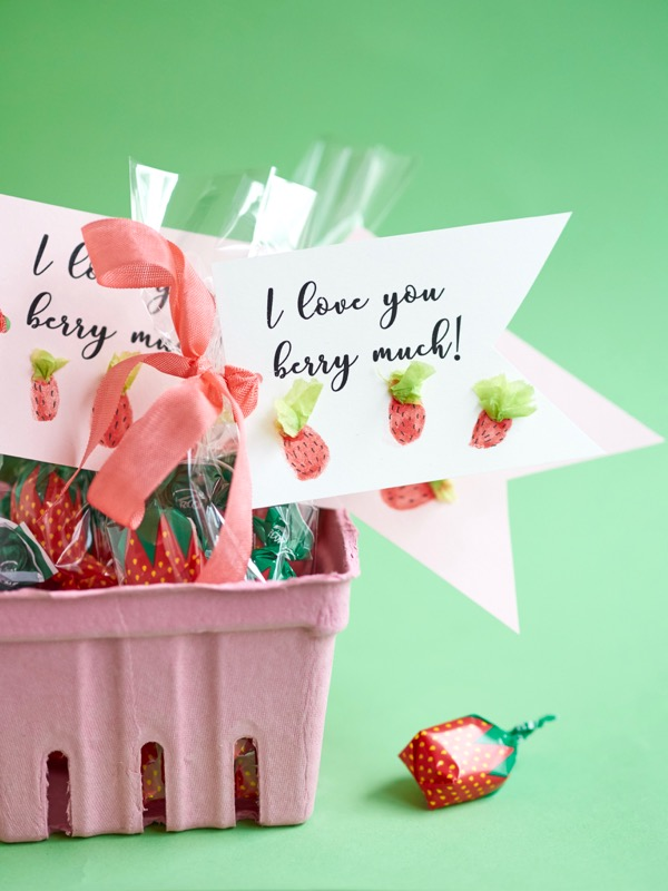 Fingerprint Berry Valentine's DIY