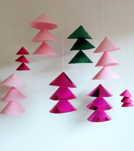diy-giant-christmas-bells-z