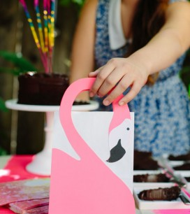 Flamingo Gift Bags DIY | Oh Happy Day!