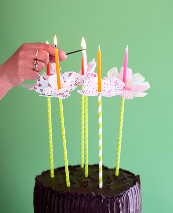 Cupcake Liner Flower Bobèches DIY