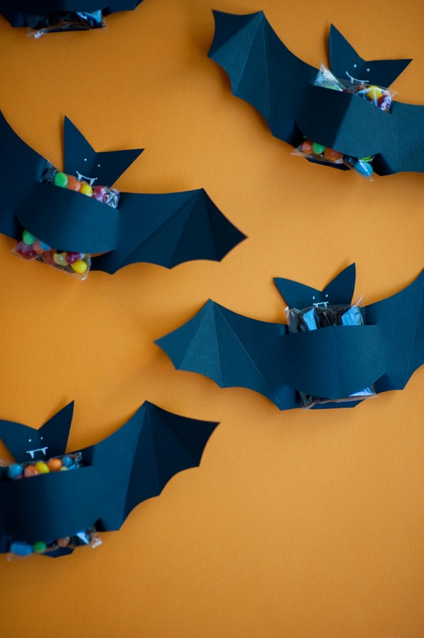 Bat Candy Favors DIY | Oh Happy Day!