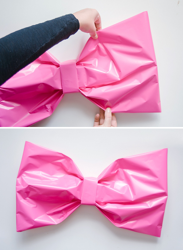 Giant Bow Gift Wrap DIY | Oh Happy Day!