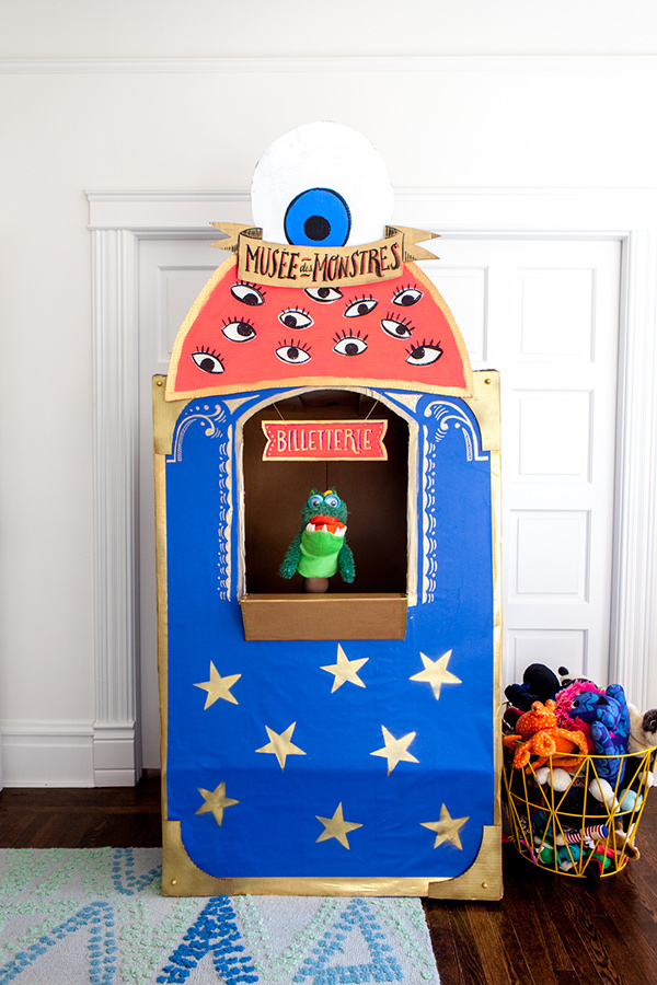 Monster Ticketbooth