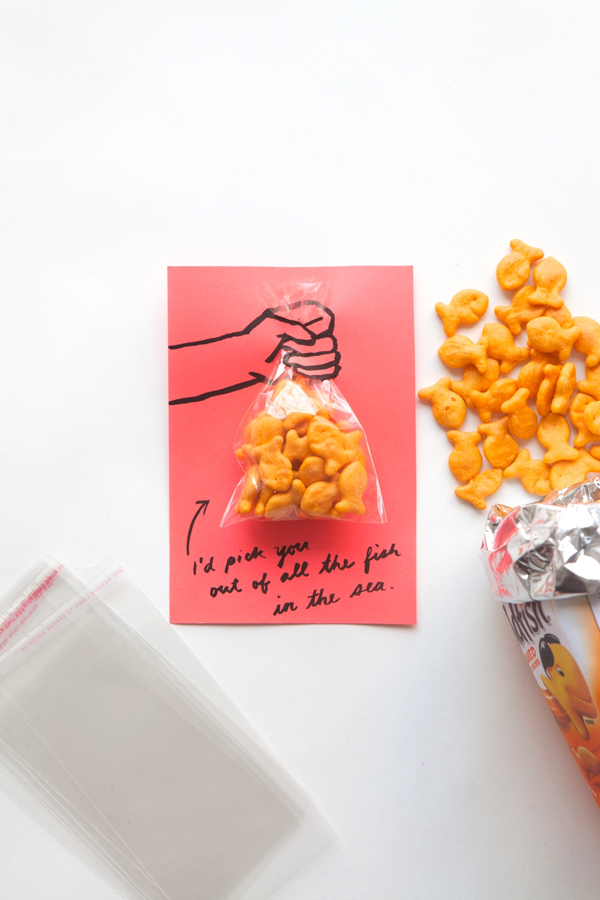 Goldfish Valentine | 14 Awesome Candy-Free Valentines | Oh Happy Day