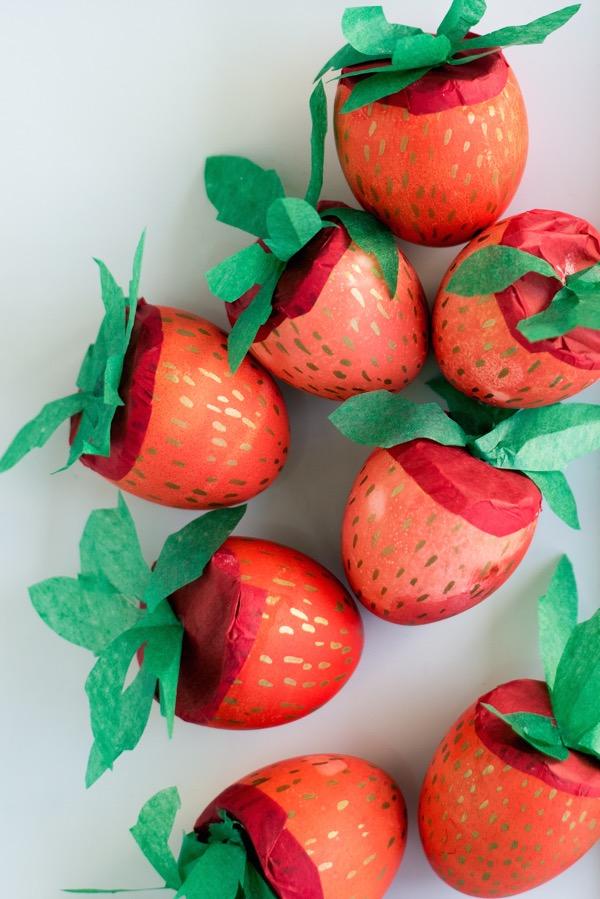 Strawberry Cascarones DIY | Oh Happy Day!