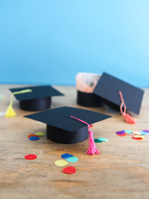 Graduation Cap Gift Boxes DIY   Oh Happy Day!