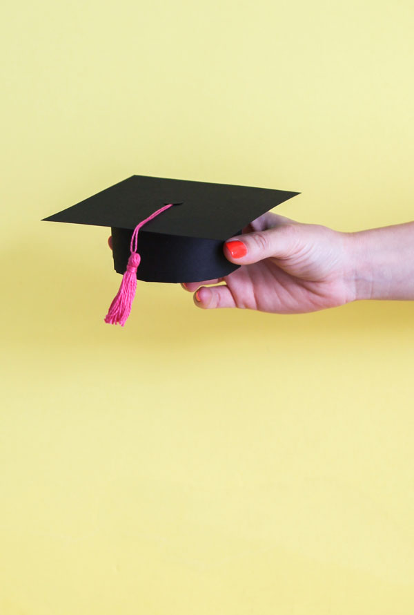 Graduation Cap Pop-Up Card Step-by-Step Tutorial | 890x600
