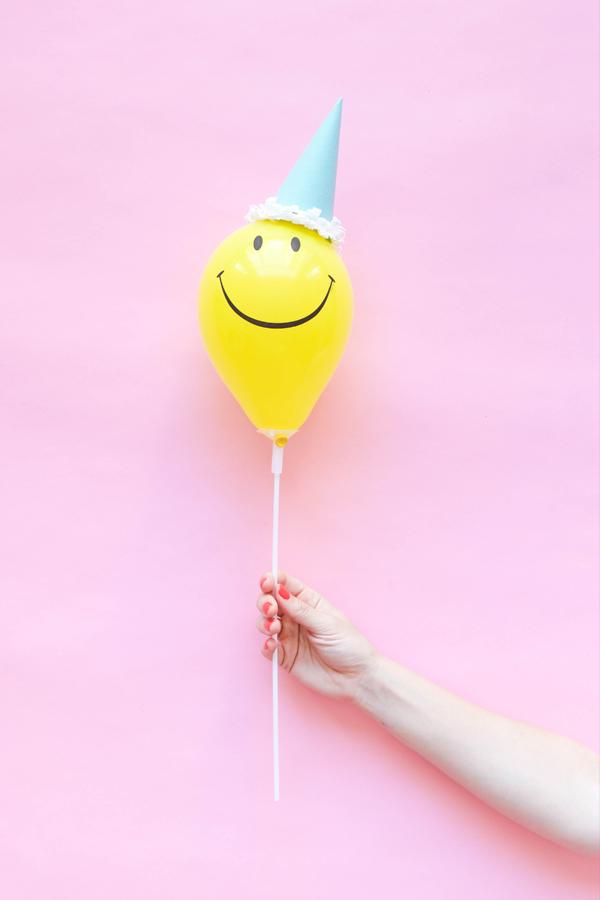 Mini Balloon Hats DIY| Oh Happy Day!