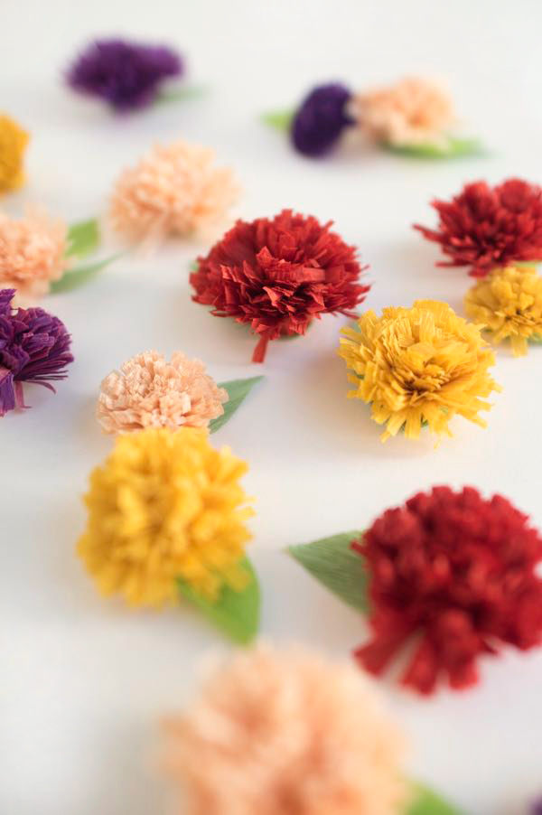 Fall Chrysanthemum Flower Favors DIY | Oh Happy Day!