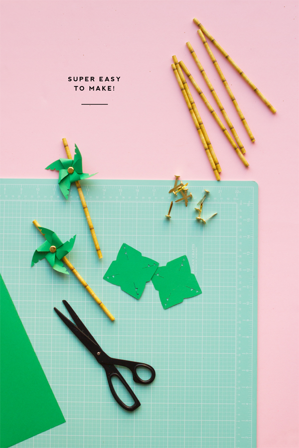 DIY Palm Tree Pinwheel Straws | Oh Happy Day!
