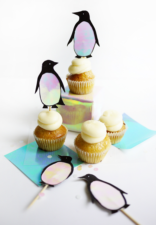 1_penguin_toppers