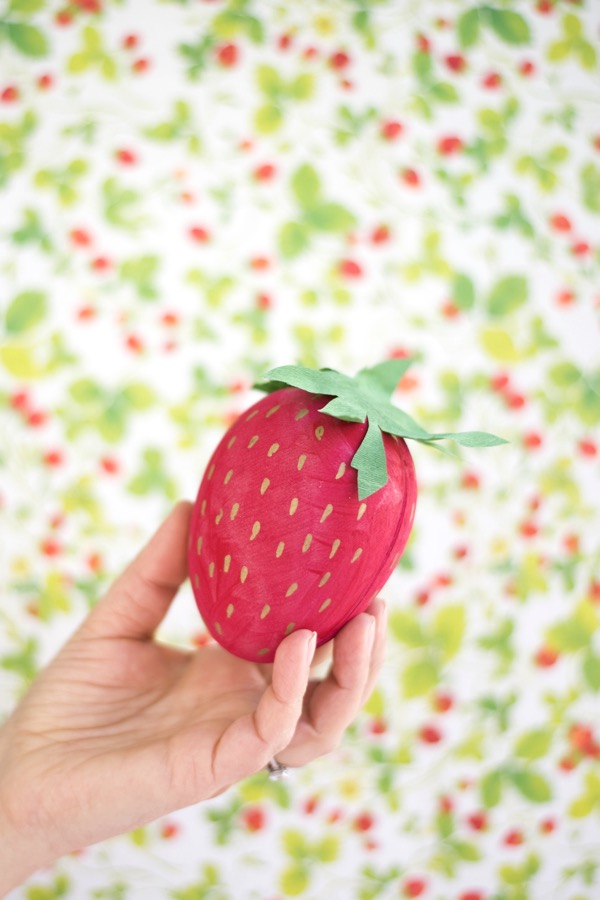 Oversize Strawberry Egg Box DIY | Oh Happy Day!