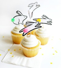 2_bunny_cupcake_toppers